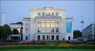 Lettlands Nationalopera, Riga. Bild: Diego Delso, delso.photo, License CC-BY-SA.